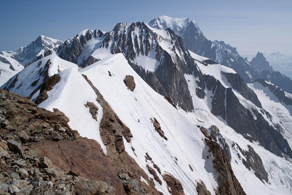 Vue sur les Aiguilles de Tré la Tête et le Mont Blanc