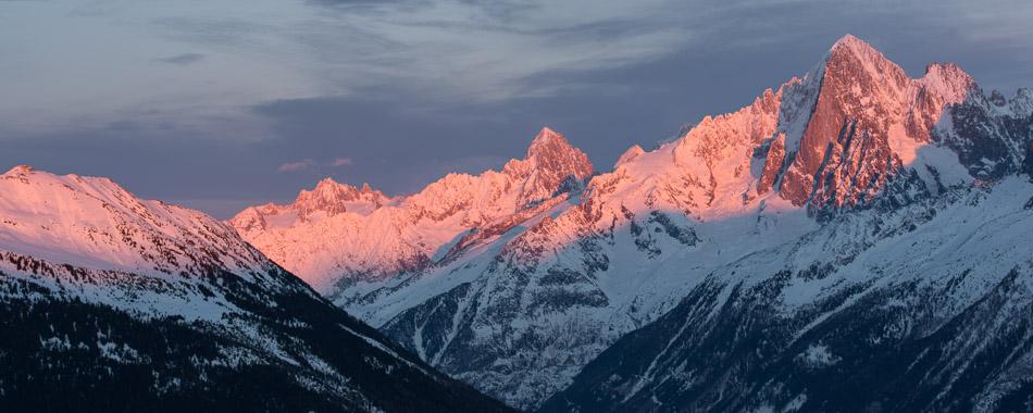 Coucher de soleil sur la vallée de Chamonix