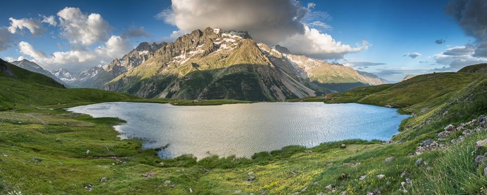 Panorama du lac du Pontet