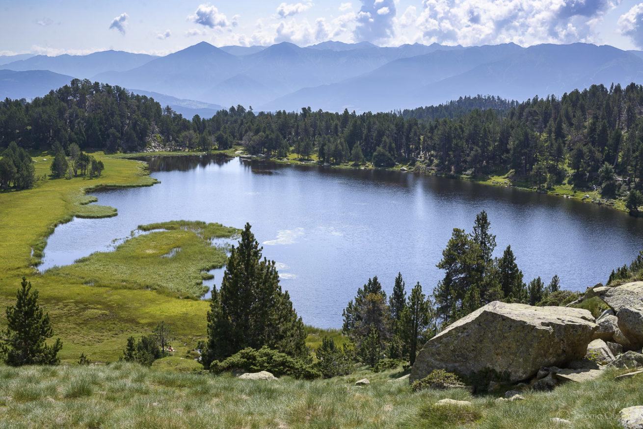 Le Lac d'Aude en été, source de l'aude
