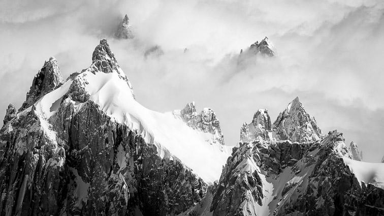 Photo montagne noir et blanc: l'aiguille du Plan