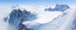 Arête de l'Aiguille du Midi et Vallée Blanche en hiver.