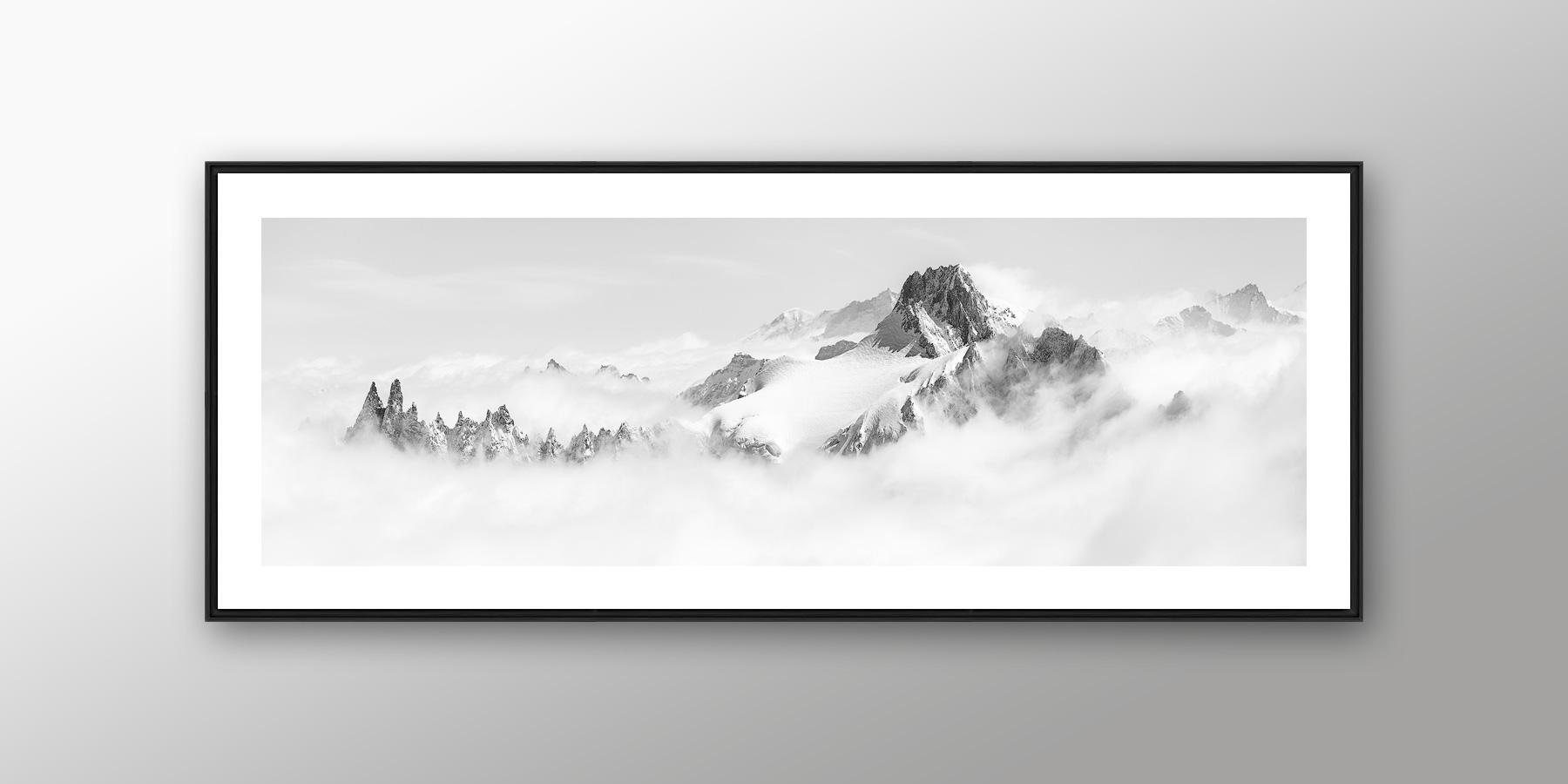 Tirage d'art photo montagne noir et blanc panoramique en caisse américaine