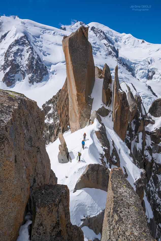 Le Grand Gendarme de l'arete des cosmiques et le Mont-Blanc