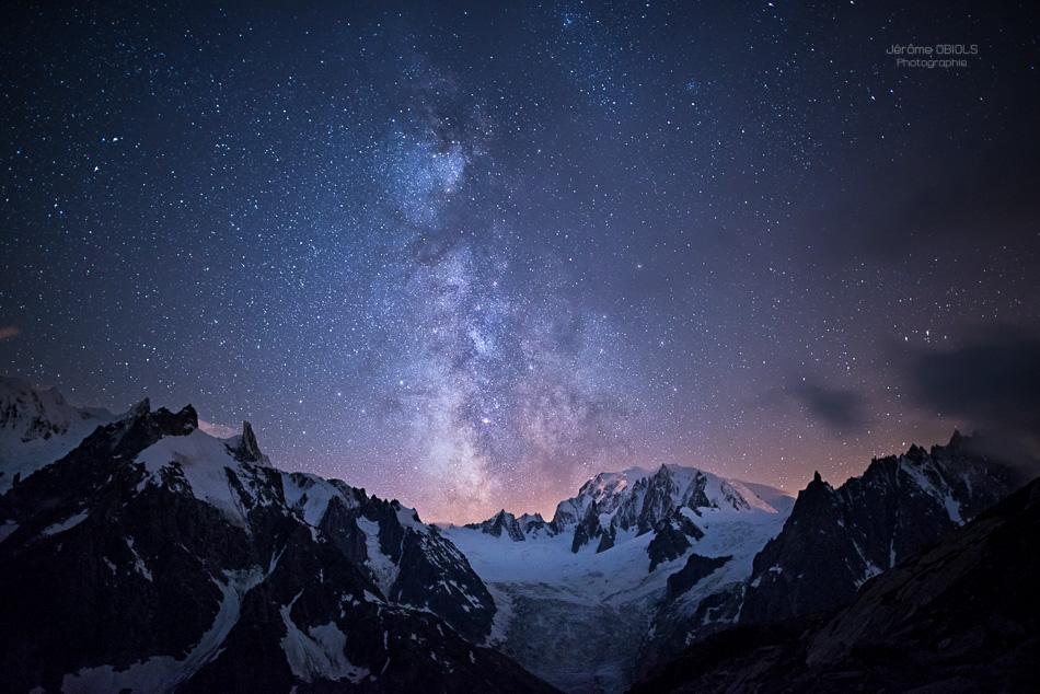 Voie lactée au dessus de la vallee Blanche et du Mont Blanc