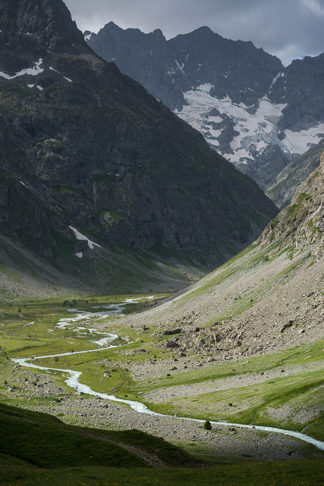 La Roche Faurio et les meandres de la Romanche au Plan de l'Alpe