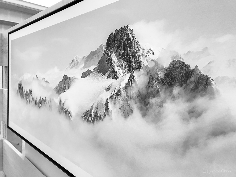 Tirage d'art panoramique montagne noir et blanc