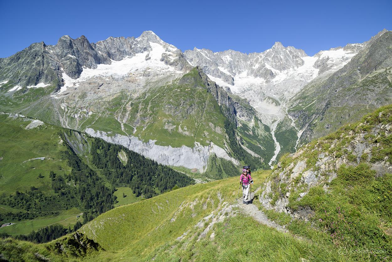 Val ferret Suisse au dessus de la Fouly